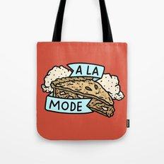 A La Mode Tote Bag