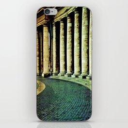 Columnata de San Pedro - Vaticano iPhone Skin