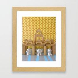 Les gardiens Framed Art Print