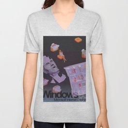†Ɍïɭɭ 95 Unisex V-Neck