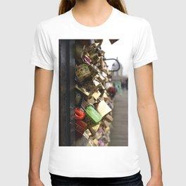 love's padlock T-shirt
