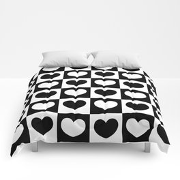 Black and White Heart Checkered Pattern Comforters