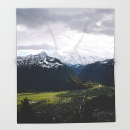 Paradise Mountains Throw Blanket