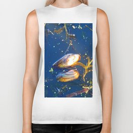 Clams in a Tidal pond Biker Tank