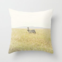picture perfect::kenya Throw Pillow