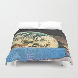 Distant beach Duvet Cover