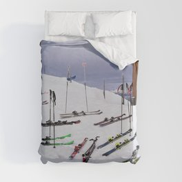 Skiers can't read ;o) Duvet Cover