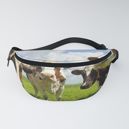 Four chatting cows Fanny Pack