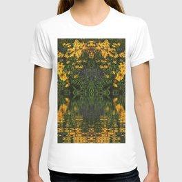 YELLOW RUDBECKIA DAISIES WATER REFLECTIONS T-shirt