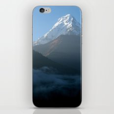 Mountains at Sunrise Poon Hill iPhone & iPod Skin