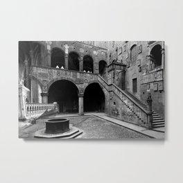 Illuminismo Di Pietra - Bargello Metal Print