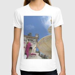 Castle fountain T-shirt