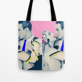 THE VALENTINO KISS Tote Bag