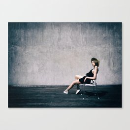 top model with hat Canvas Print