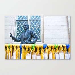 memorial (one) Canvas Print