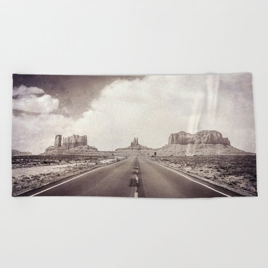 Road to the Giants Beach Towel
