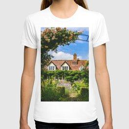 Cottage garden. v2 T-shirt