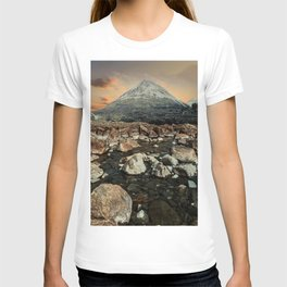 Valley of faires T-shirt