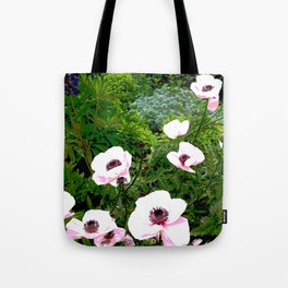 Popping poppies Tote Bag