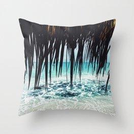 Cuba love Throw Pillow