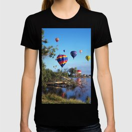 Hot air balloon scene T-shirt