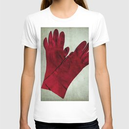 the old red gloves T-shirt