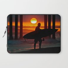 Huntington Beach Pier / Surfer Sunset Laptop Sleeve