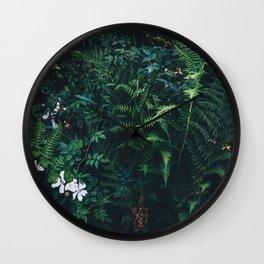Fleurs Vertes Wall Clock