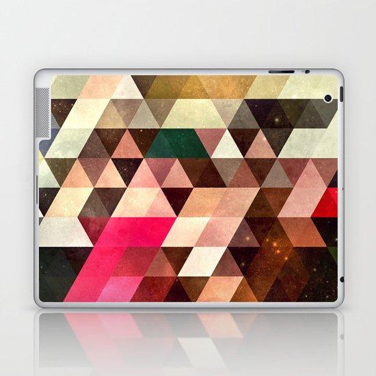 pyrty xyn Laptop & iPad Skin