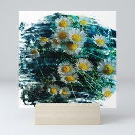 Ox-eye daisy flower brushstrokes Mini Art Print