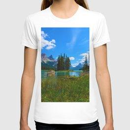 Spirit Island on Maligne Lake, Jasper National Park T-shirt