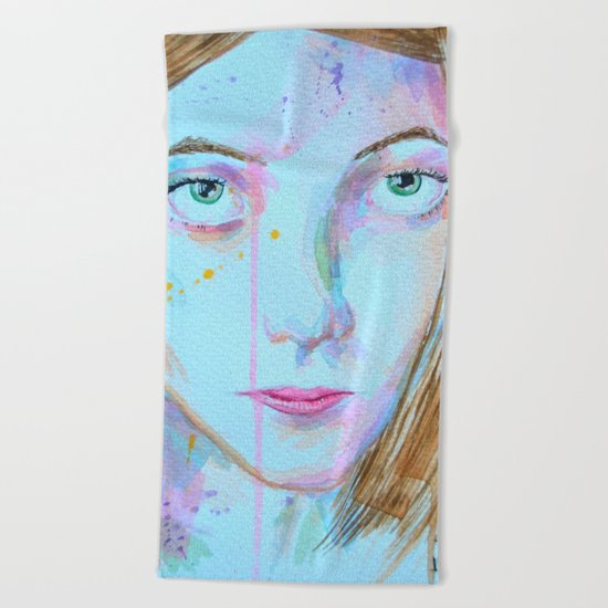 Green eyes Beach Towel