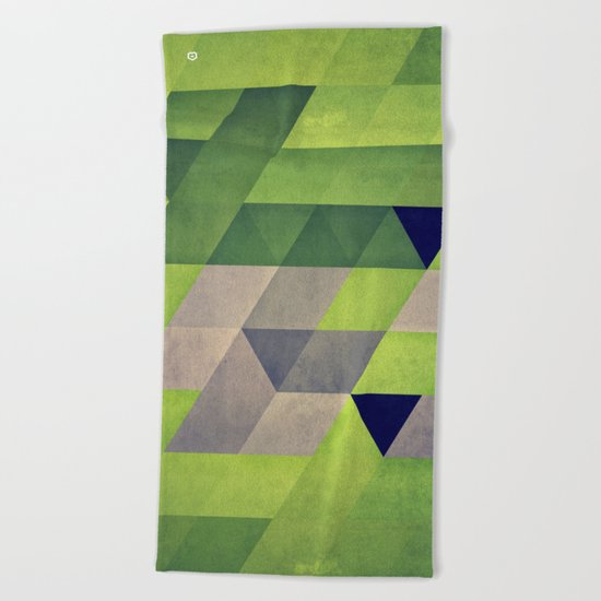 gymyt bryykkr Beach Towel