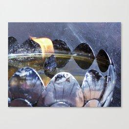 Lotus lamp Canvas Print