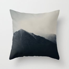 the Sierra Nevadas in the middle of a storm ... Throw Pillow