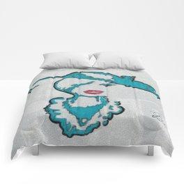 A WATCHNIGHT DIVINE Comforters