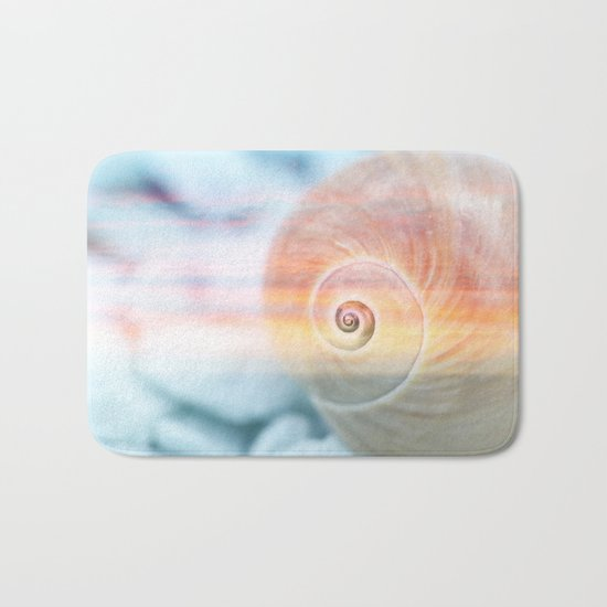 Dream of last summer Bath Mat