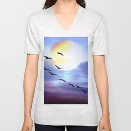 Birds of passage. Unisex V-Neck