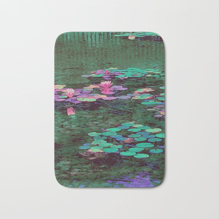 Beverly Hills Water Lily Bath Mat