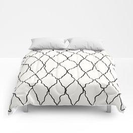 Moroccan Diamond Weave in Black and White Comforters