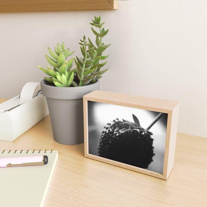 """Portrait of a Strawberry"" - 14 [D6648~45] Framed Mini Art Print"