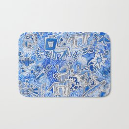 Delft Blue and White Pattern Painting with Lions and Tigers and Birds Bath Mat