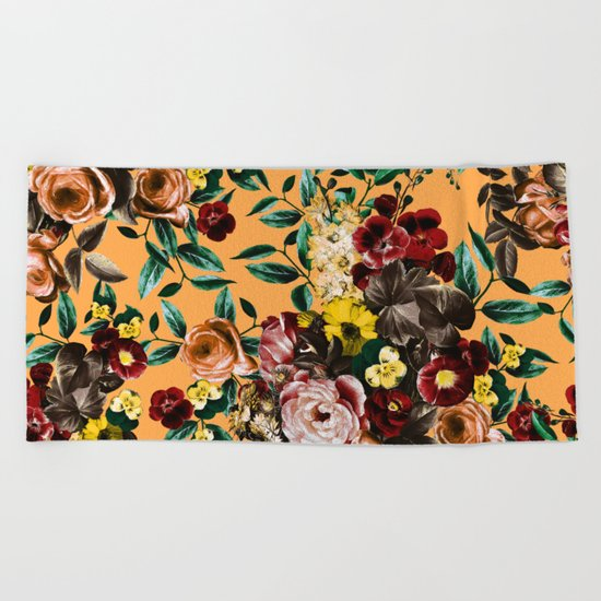 floral ambiance Beach Towel
