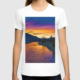 Sundown At Yellowstone T-shirt