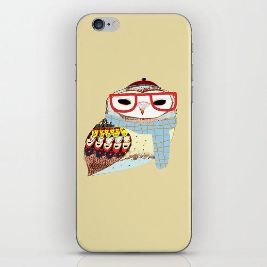 Snug Owl iPhone & iPod Skin
