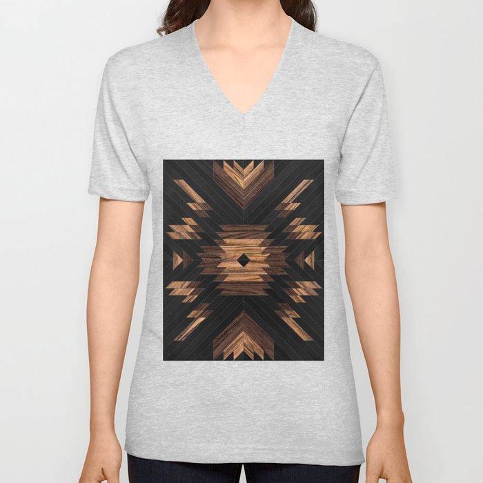 Urban Tribal Pattern No.7 - Aztec - Wood Unisex V-Ausschnitt