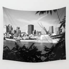 montréal • photography Wall Tapestry