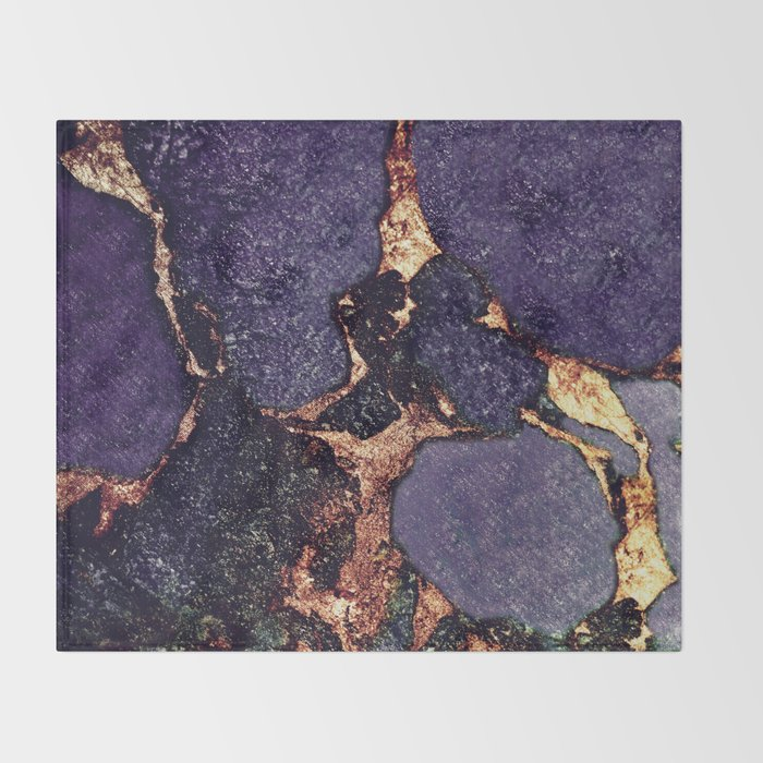 GEMSTONE & GOLD PURPLE ULTRA VIOLET Throw Blanket