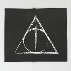 Deathly Hallows (Harry Potter) Throw Blanket