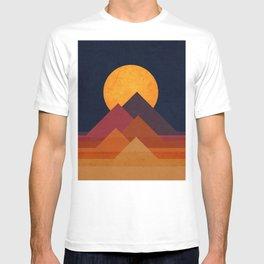 Full moon and pyramid T-shirt